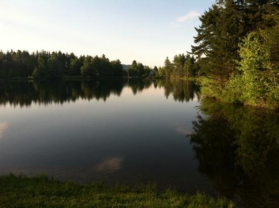 Sterling Ridge Resort: the pond
