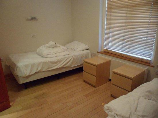 Adria Hotel: 2nd bedroom.