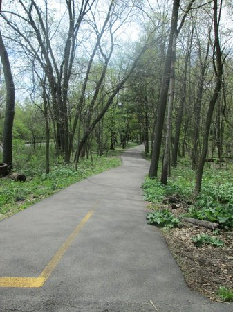 Batavia, IL: Bike trail