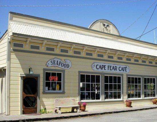 Cape Fear Cafe: Rather simple facade