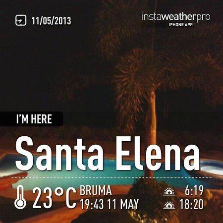 Hotel Boutique Playa Canela Salinas: piscina de noche