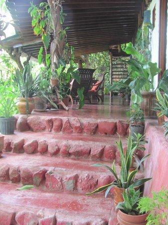 Hotel Amor de Mar : Breakfast patio area with ocean views.
