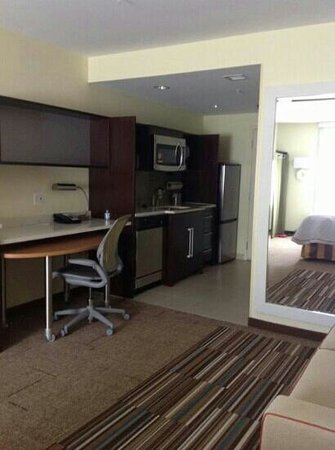 Home2 Suites by Hilton Baltimore / White Marsh: Love this room.
