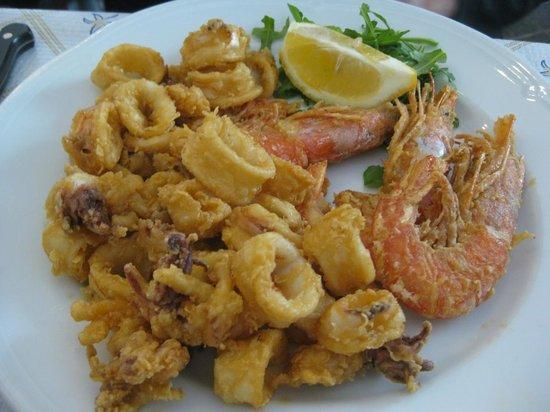 Pizzeria Marechiaro: Fried seafood