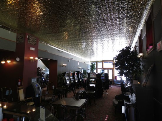 Martin Mason Hotel: Martin & Mason - Casino & Ceiling