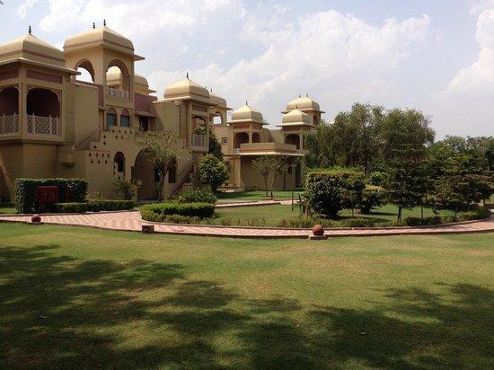 Heritage Village Resort & Spa Manesar: Garden