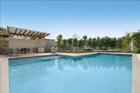 Colliers International Casuarina Beach: Pandanas Pocket Pool and BBQ Area