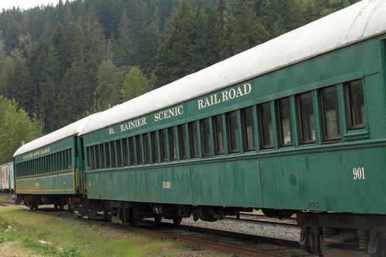 Mt. Rainier Scenic Railroad : A couple of the rail cars