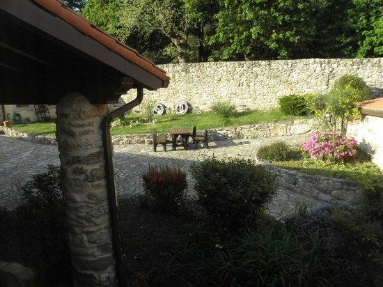 Casa da Botica de Loimil: Zona recreativa