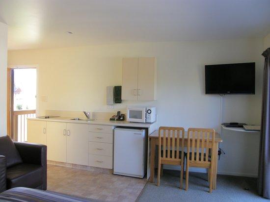 ASURE Hanmer Inn Motel : Studio Kitchen Area