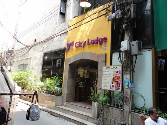 City Lodge Soi 9: Hotel Entrance