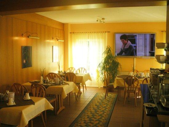 Landhaus Hotel Muller: Frühstücksraum Multimedia
