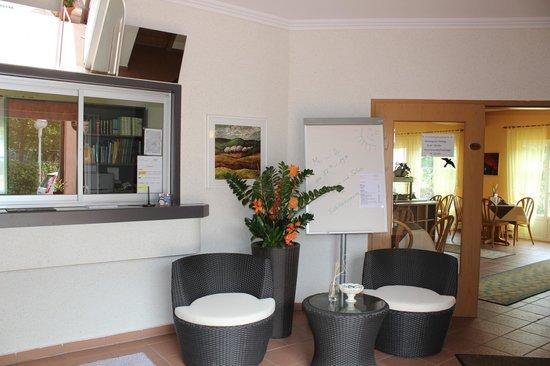 Landhaus Hotel Muller: Rezeption Eingangsbereich