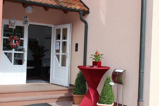 Landhaus Hotel Muller: Hoteleingang