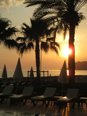 Alaaddin Beach Hotel : Sonnenuntergang