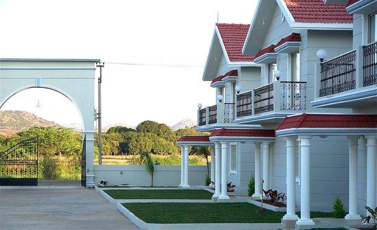 Satyam Resorts