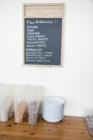 Summer Breeze: Breakfast menu