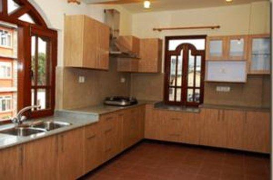 Vardan Resort n' Apartment: equpedkichinapartment