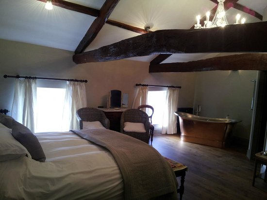 The Priory Guesthouse: Castle View room