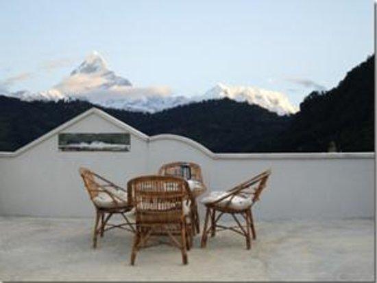 Vardan Resort n' Apartment: mountainveiwtop