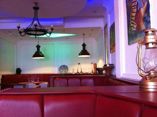 Maroons Restaurant London
