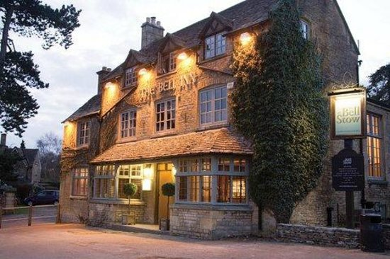 Stow-on-the-Wold, UK: The Bell at Stow - Dining Pub with Rooms