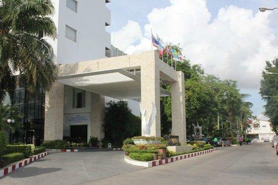 Huahin Grand Hotel & Plaza: Main entrance