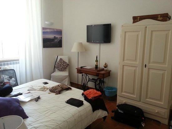 Domus Quiritum B&B: Traveller room
