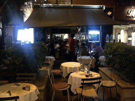 Le 7 Place: The restaurant