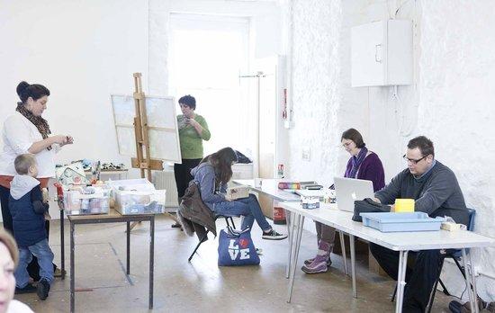 Plymouth Arts Centre: Art class in Studio One