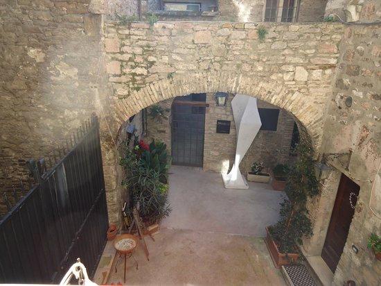 Hotel Lieto Soggiorno: entrata dell'albergo vista dalla siute