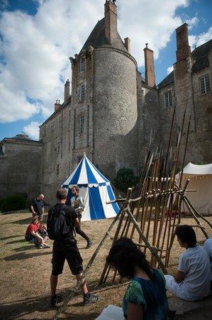 Chateau de Meung sur Loire: Instans d'Histoire tous les WE de juillet et août
