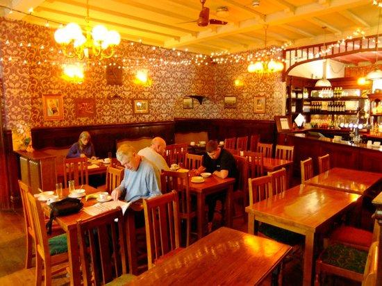 The Forester: Breakfast room/Thai restaurant