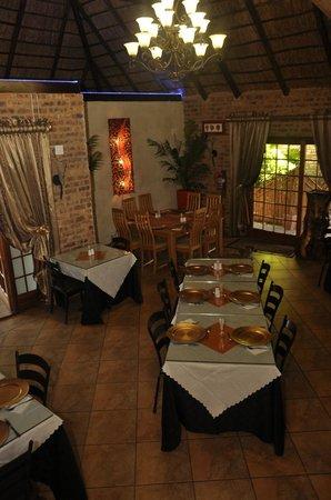 Ikwekwezi Boutique Estate : Dining Room
