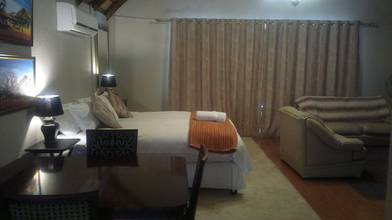 Foreigners Friend Guest House: Room 2