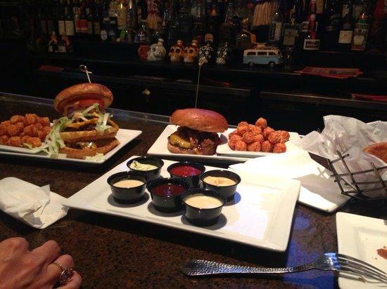 Rehab Burger Therapy : A feast awaits