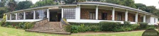 Nyanga, Zimbabwe: Hotel Front Terrace