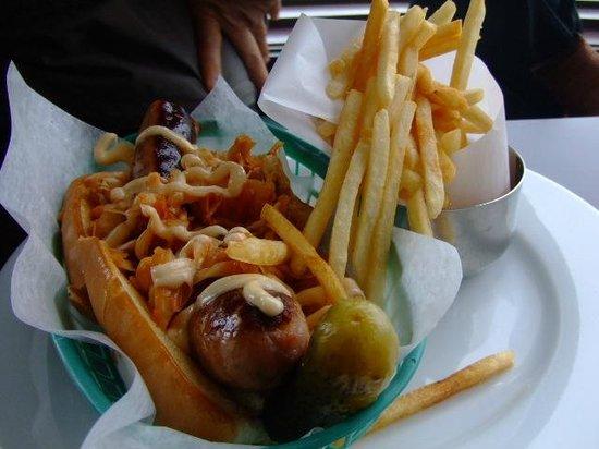 Opera Kitchen: hotdog with kimuchi. That was really nice!