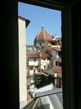 B&B Residenza della Signoria: View from the bathroom.