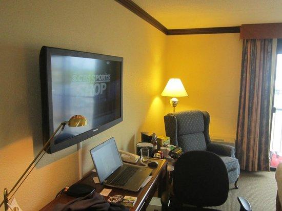 Best Western Plus Hotel Universel Drummondville: Nouvelle TV plasma HD avec cable HD