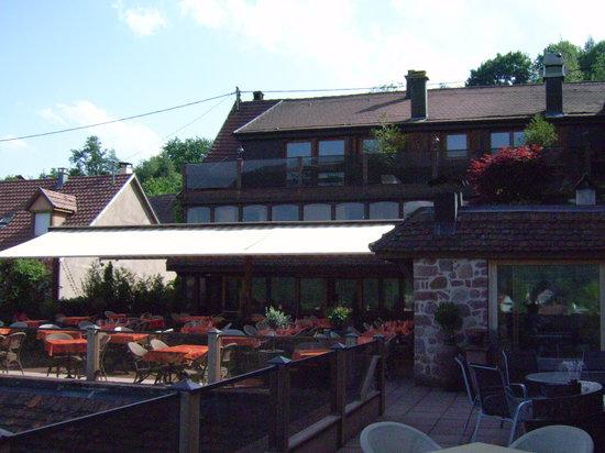 Auberge la Meuniere: la terrasse
