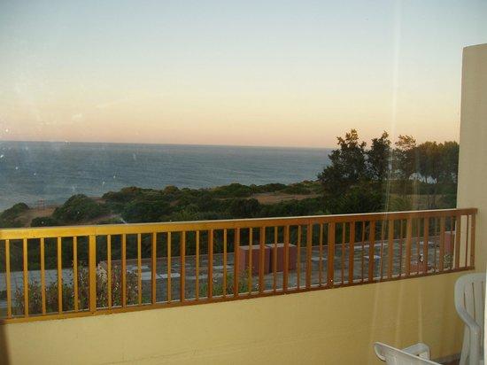 Hotel Baia Cristal: Sunset facing south