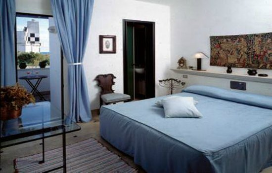 Hyencos Hotel Callyon: Camera matrimoniale