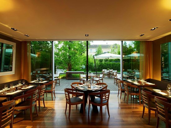 Woods at The InterContinental Hotel: terrasse