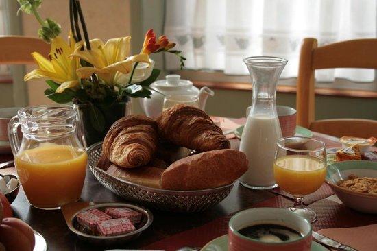 HOTEL DE PERROS : Petit déjeuner