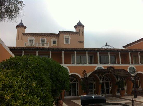 Chateau De La Messardiere: Façade hotel