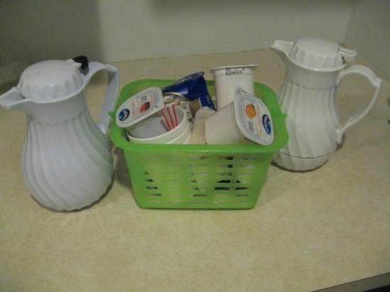 Nittany Budget Motel : Breakfast Basket (full)