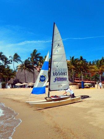 The Westin Resort & Spa, Puerto Vallarta: Activities on the beach