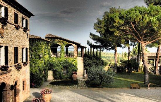 Hotel Borgo San Felice: Il Borgo dalla mia Suite