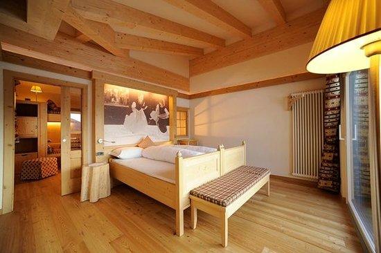 Active Hotel Olympic: Il letto matrimoniale della Family Room